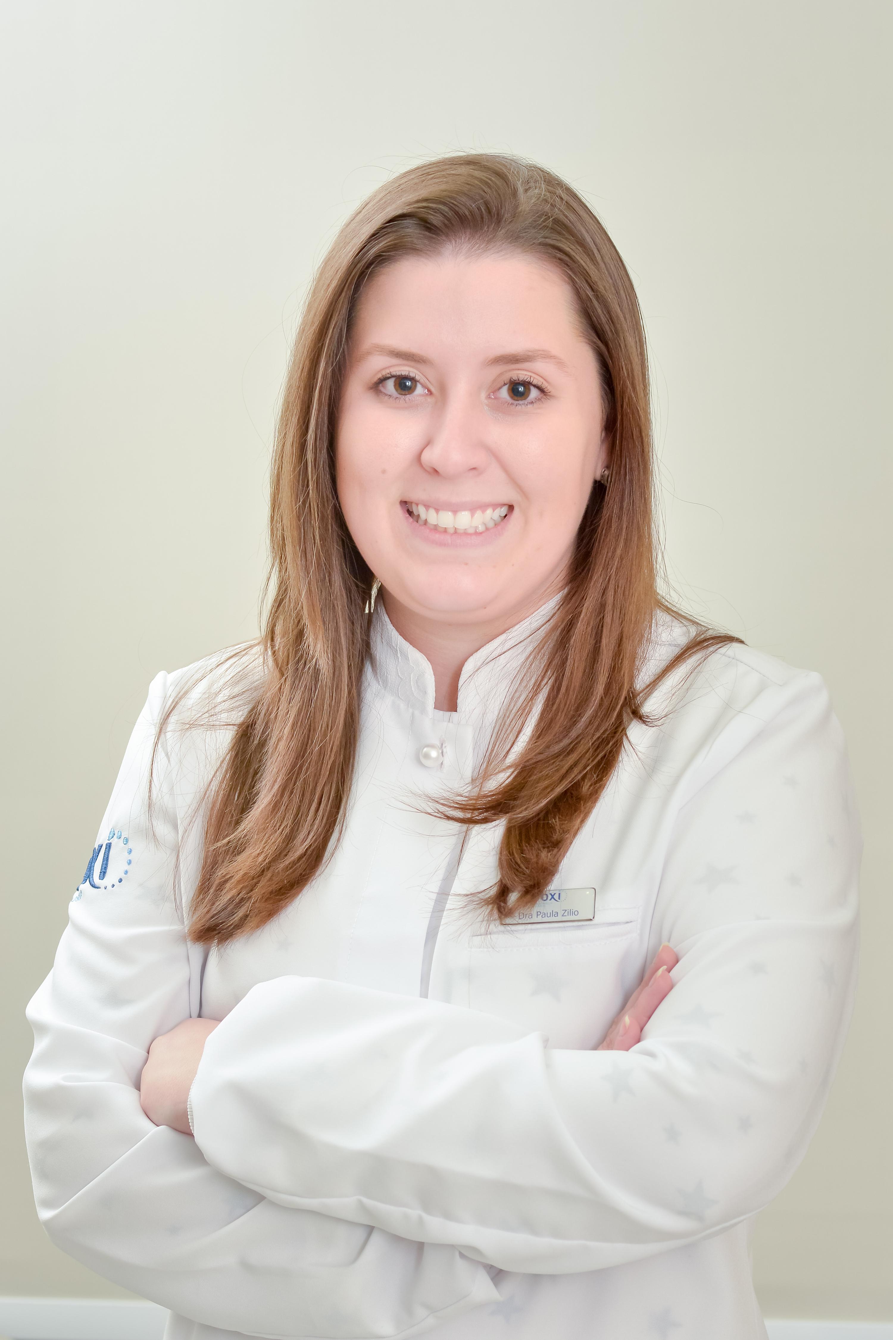 Dra. Gabriela Costa Menegat